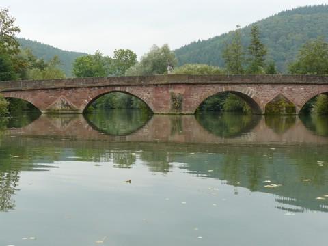 Die Tauberbrücke